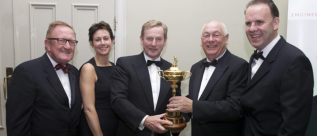 Christy O'Connor JNR is honoured by the Irish Golf Industry at the 2014 Gala Irish Golf Awards